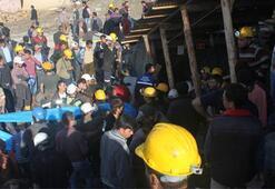 18 Bergarbeiter im überfluteten Stolleneinbruch