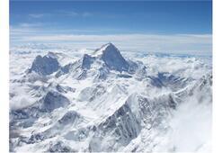 Everest faciasında ölü sayısı artıyor