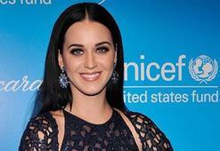 Katy Perry Vietnamı ziyaret etti