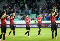 Burak Yılmazın milli formasında Galatasaray sürprizi