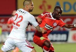 Sivas Antalyasporu ateşe attı