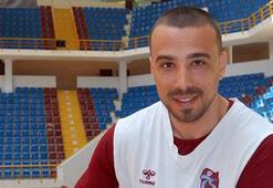Alper Saruhan Trabzonspora veda etti