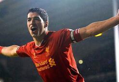 Liverpool Suarez ile sözleşme yeniledi