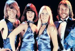 Efsane ABBA  yeniden sahnede
