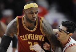 Cavaliersa galibiyeti LeBron getirdi