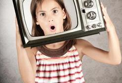 Geleceğin çocuk bakıcıları; ekranlar