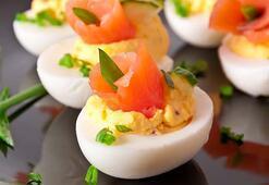 Somonlu peynir dolgulu yumurta tarifi