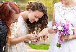 Herkes evleniyorken bekarlıkla başa çıkma kılavuzu