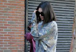 Yalnız güzel Kendall Jenner