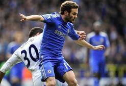 Lider Chelsea doludizgin