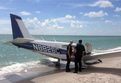 Uçak yürüyüş yapan baba kıza çarptı