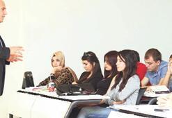 """""""Türk yatırımcılar uzaktan bakıyor"""""""
