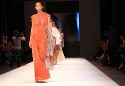 İstanbul Fashion Week Simay Bülbül Defilesi