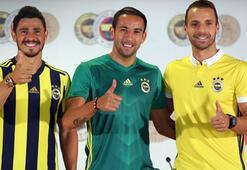 Fenerbahçe transferi 10 futbolcuyla bitirdi