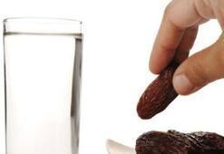 Mide yanması, halsizlik, susuzluk ve açlık ile nasıl baş edilir
