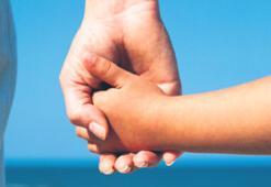 """""""Aileler elini taşın altına koysun"""""""