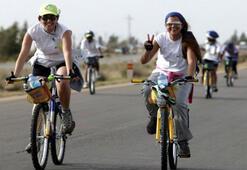 Lübnanda kadınlar barış için pedal çeviriyor