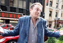 Elon Musk telefon numarasını yanlışlıkla sosyal medyada paylaştı