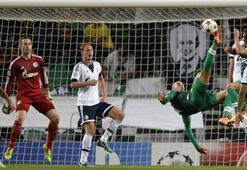 S.Lizbon, Schalkeye patladı