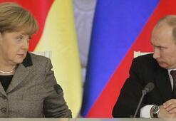 Putinden Merkele: Biz hazırız