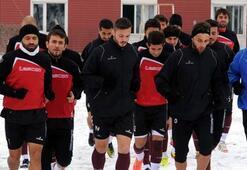 Tokatspor 3 oyuncuyla yollarını ayırdı