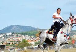Atlar, Cumhuriyet şerefine piste çıktı