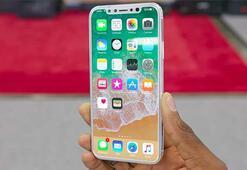 Yeni iPhone öncesi Apple Store kapatıldı