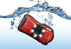 Pentax Ricohden suya, toza, darbeye dayanaklı makineler