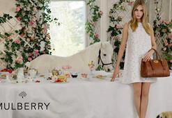 Cara Delevingne 2014 Yaz Mulberry Koleksiyonunda