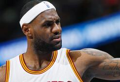 LeBron James, Clevelandı sırtladı