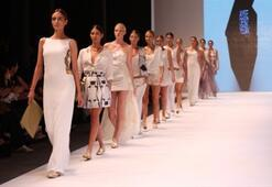 İstanbul Fashion Week Karma 3 Defilesi
