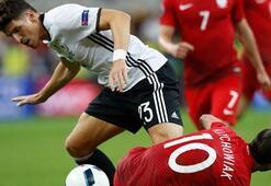 Mario Gomez: Türkiye-İspanya maçı 4-4 biter