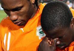 Fildişi Sahilinin Dünya Kupası kadrosu Eboue ve Drogba...