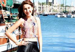 Sesiyle ABD'yi sallayan Türk kızı Bodrum'da