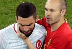 Arda Turan booed by Turkish fans