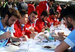Trabzonsporda barbekü partisi