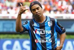Ronaldinho Amerikaya gidiyor