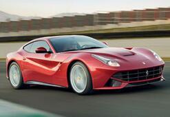 Ferrari F12berlinetta'ya  Altın Direksiyon Ödülü