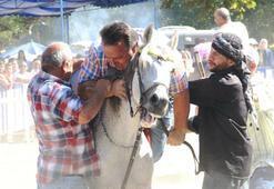 İsmail Türütü at kaçırdı