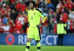 Petr Cech'in kötü kaderi