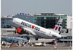 Uçakta Alev Alan iPhone Büyük Paniğe Yol Açtı
