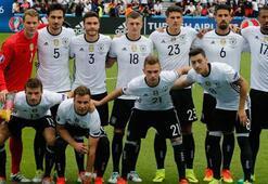 Almanya ve Polonya kalesinde gol görmedi