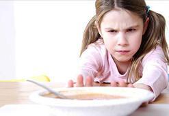 Anoreksiya nedir Anoreksiya hastalığının belirtileri nelerdir