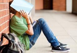 Aşırı baskı çocuğun okuldan soğumasına neden olur