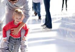 Ebeveynlerin çocuklarıyla yapabileceği kış aktiviteleri