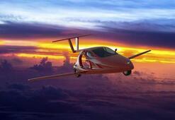 Dünyanın uçabilen ilk spor otomobili gelecek yıl satışa çıkıyor