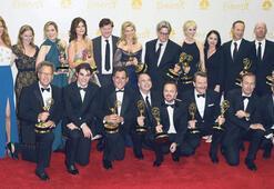 Emmy Ödülleri  'geçmişe' gitti