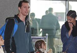 Matthew McConaughey eve döndü