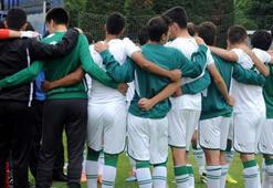Bursaspor U17 Takımı Türkiye şampiyonu oldu