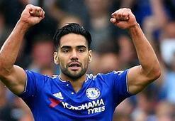 Chelsea 3 futbolcusuyla yollarını ayırdı
